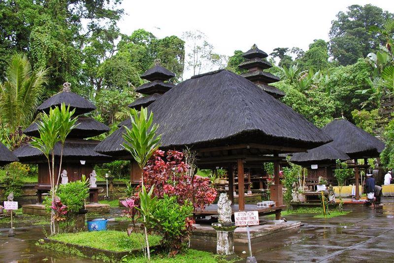 Batukaru Temple 4