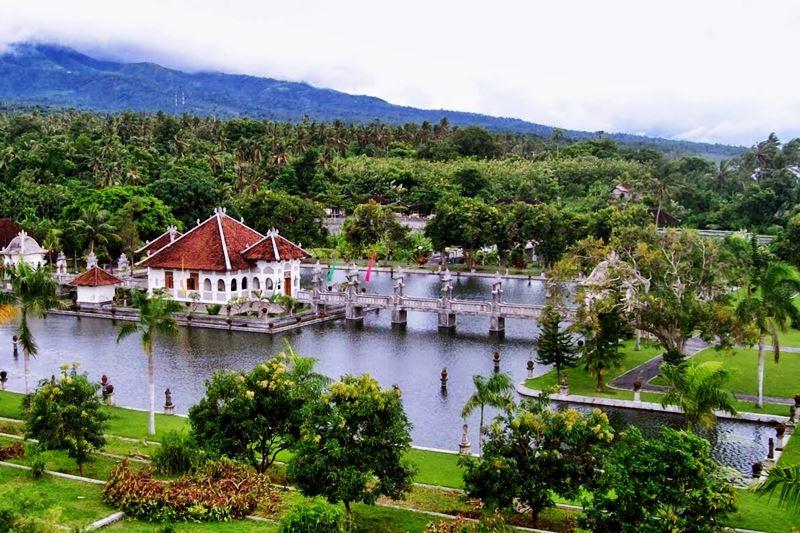 Ujung Water Palace 6